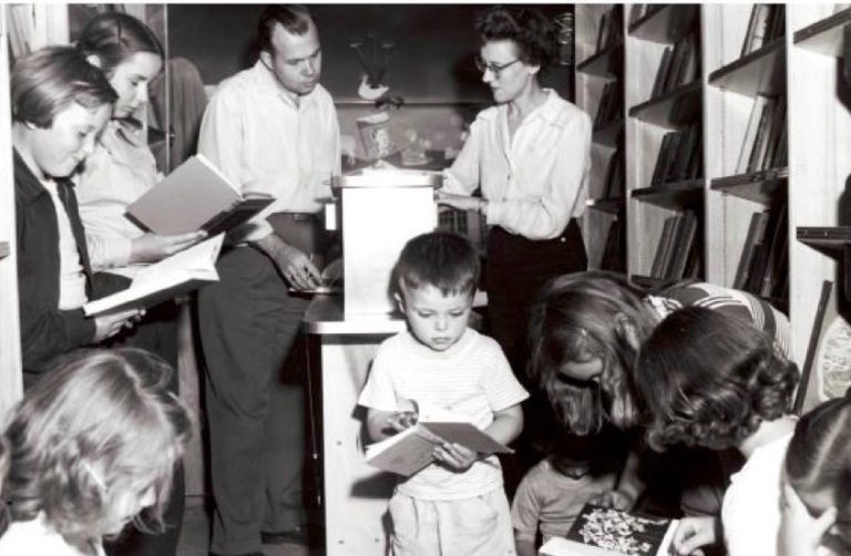 Readers inside the Doory County Bookmobile. (Courtesy of Egg Harbor Historical Society)