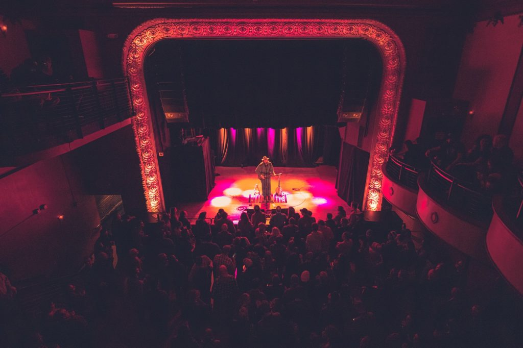 Musician Lou Shields performs at the Majestic Theatre in Madison, Wisconsin. (Photo by Justin Kibbel)