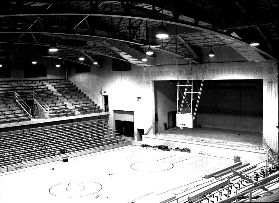 Construction on the Armory was completed in 1942. It was an original NBA arena. (Courtesy of the Sheboygan County Historical Research Center)
